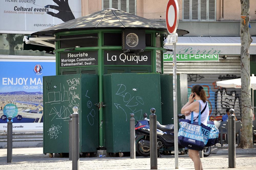 La Quique Bloemkiosken Van Cours Saint Louis Bloemen Marseille