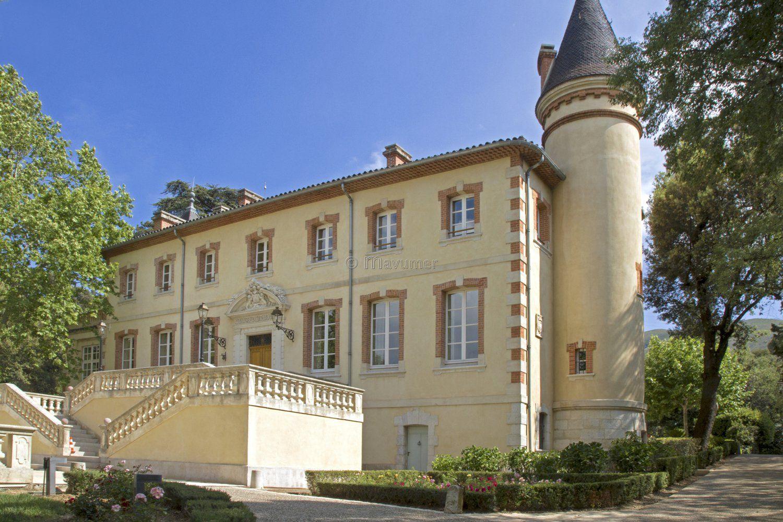 Château de Forbin, puissante famille de Provence
