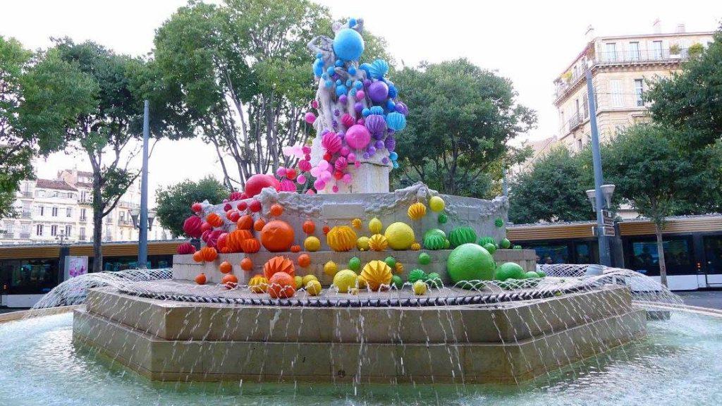 Autre création marseillaise sur la Fontaine des Danaïdes lors du Festival POC (© Mademoiselle Maurice)